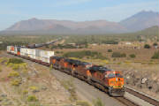 Crozier_Canyon_to_Canyon_Diablo_2012/BNSF7545atDarlingAZ_3.jpg